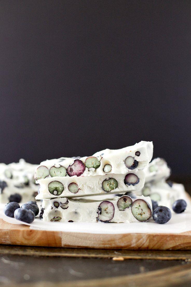 FROZEN BLUEBERRY YOGURT BARK | healthy recipe ideas @xhealthyrecipex |