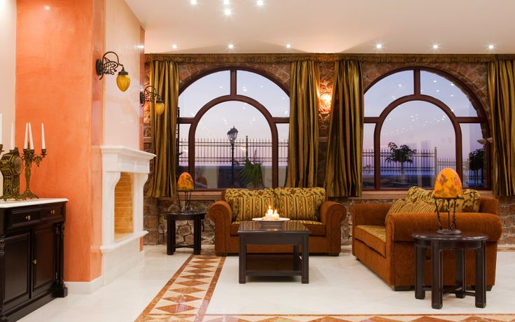 Maison Des Lys Luxury Hotel in Akrotiri - Lounge