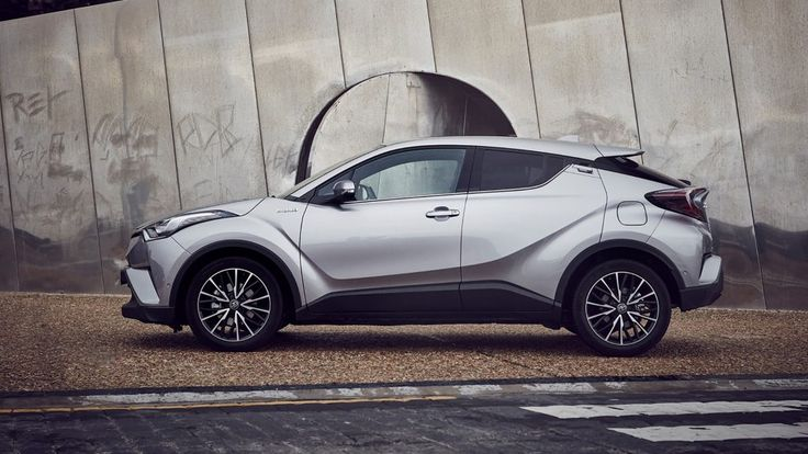 Toyota C-HR Hybrid: We tried out the hybrid version of Toyota's compact crossover, and we've got four great reasons why you should too.