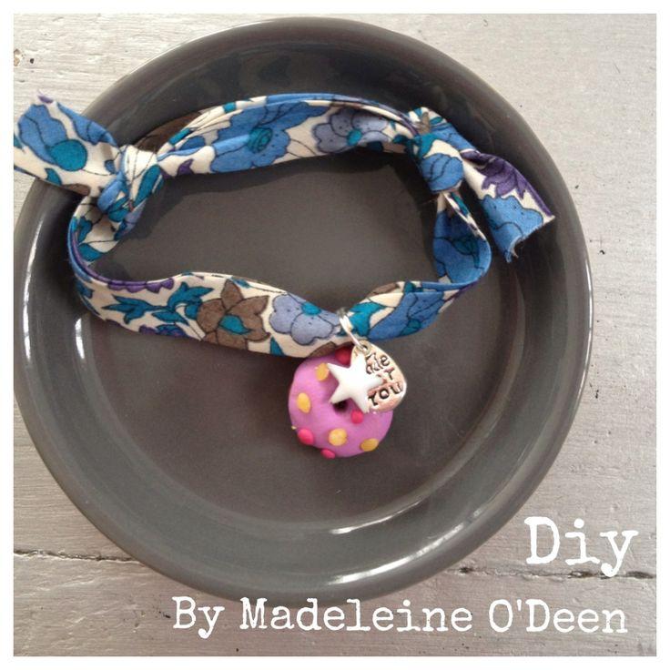 DIY - vite un cadeau de fin d'année scolaire pour la maîtresse... le bracelet Liberty et son donuts pate fimo