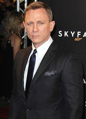 Daniel Craig was a far better choice to play Bond, agrees Henry Cavil!