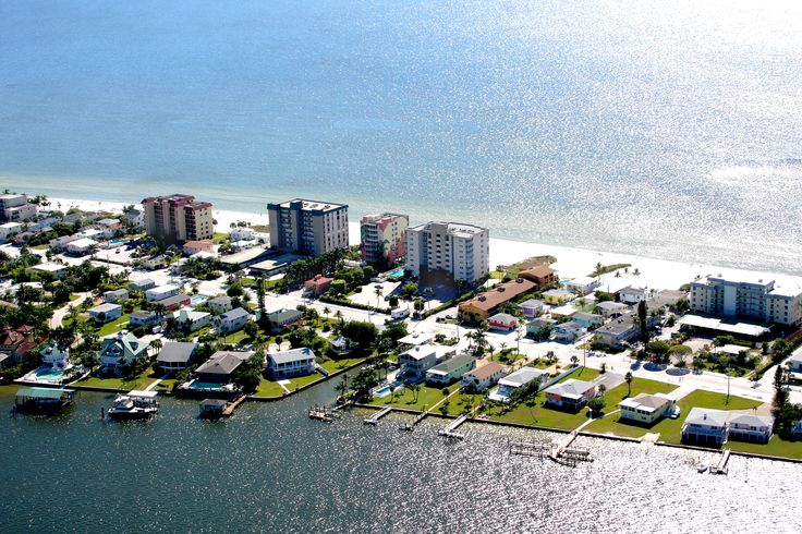 """""""Your Island Paradise on Fort Myers Beach with an intimate beach setting that will make your Florida vacation memories last a lifetime""""  Ranked #3 of 46 Hotels in Fort Myers Beach, 2014 Certificate of Excellence on Trip Advisor"""