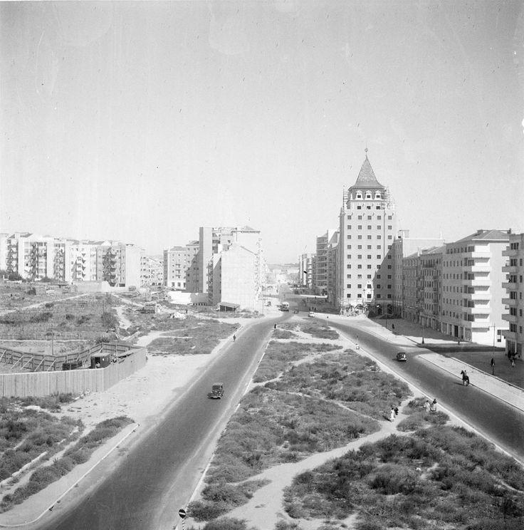 Av. de Roma e Praça de Londres em construção, 1950