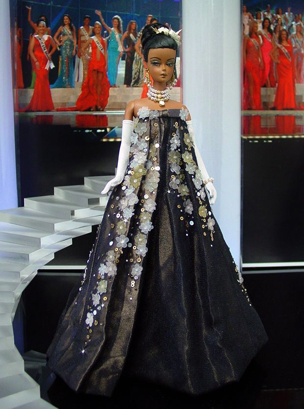Miss Arkansas 2013 by Ninimomo Dolls Beside Manners PowPac 5/7/16 Sally dresses up for dinner in a long dressy black dress with a sparkly jacket - this combines the two
