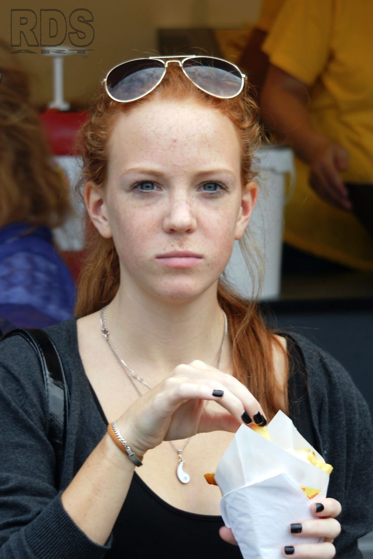 Interrupted @ Redhead Days 2014 #Redhead #Ginger #Gathering #Event #Chips #Lady #Freckles #Beauty