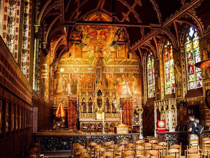 Interior de la Basílica de la Santa Sangre (Brugge - Belgium)