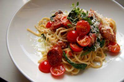 tanketanken: Pasta med salsiccia, spinat og tomat