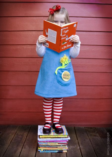 Would be such a cute school picture! Great for Dr Seuss week @ school! This is from the blog A girl who creates!