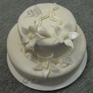 My tasty little beauties - Kuchen geht immer!: Torte zur Diamant Hochzeit - Fondant? Was ist das denn?