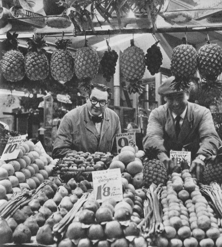 Berwick Street Market | London in 1953 by Cas Oorthuys