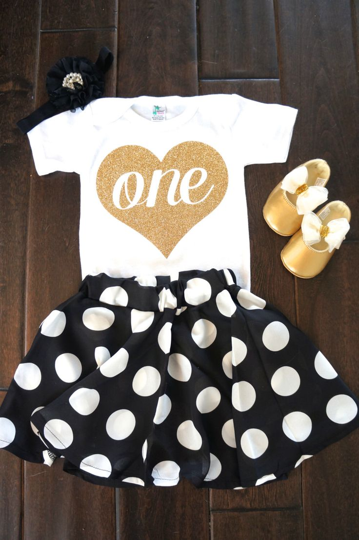 First Birthday outfit Gold One heart for Baby Girls or Toddlers Birthdays bodysuit first birthday by GraceandLucille on Etsy https://www.etsy.com/listing/222933224/first-birthday-outfit-gold-one-heart-for