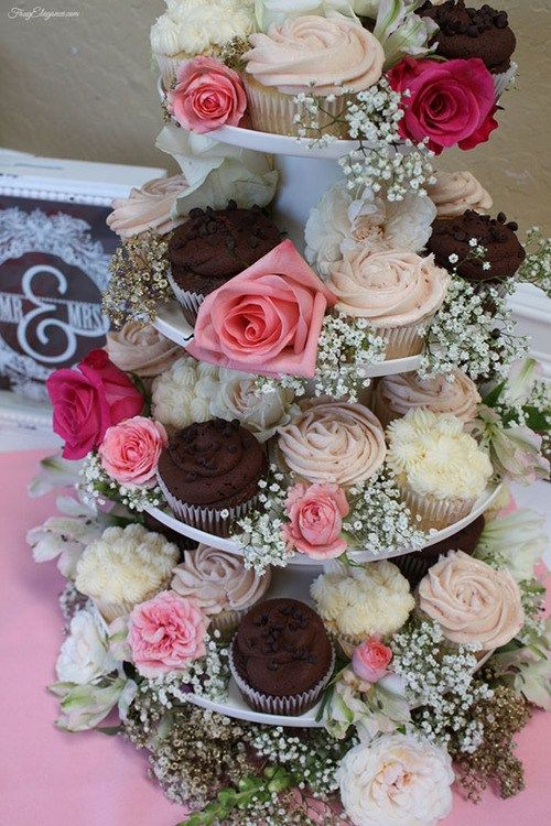 Cupcake Decorating Ideas For Wedding Showers : Best 20+ Bridal Shower Cupcakes ideas on Pinterest ...