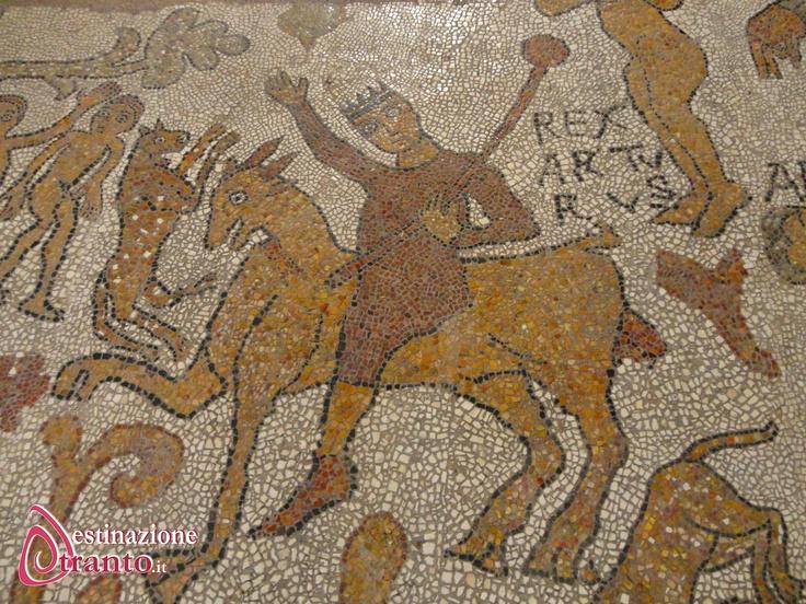 Otranto, particolare del mosaico pavimentale della Cattedrale, raffigurante Re Artù