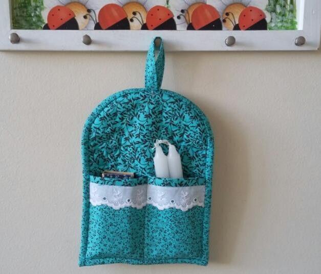 Kit Apagão com velas e fósforo decorados.    Produzido com tecidos de algodão, e estruturado om manta acrílica.  Podemos produzir nas cores que mais lhe agradar.    Medida: 17cm x 22cm