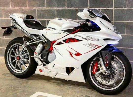 Mv Agusta f4 https://www.facebook.com/GarvsMeanMachine