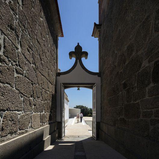 Galeria De Palácio Igreja Velha / Visioarq Aquitectos