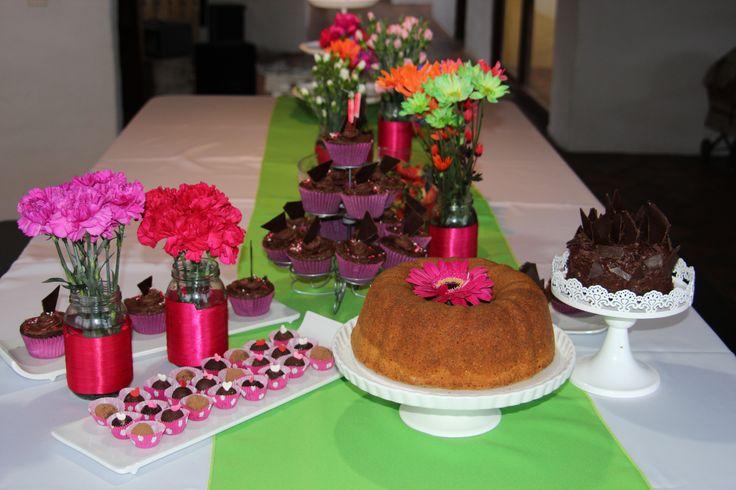 Una mesa llena de color y sabor!!!