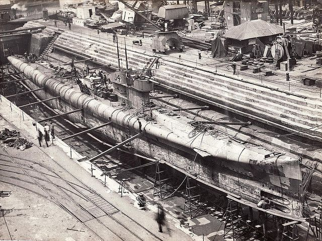 J4 in Dry Dock, Cockatoo Island. J4 was one of 6 J class submarines handed to the RAN by the Royal Navy at the end of WWI