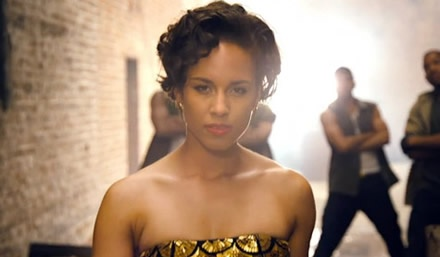 Alicia Keys – New Day (videoclip)  http://www.emonden.co/alicia-keys-new-day-videoclip