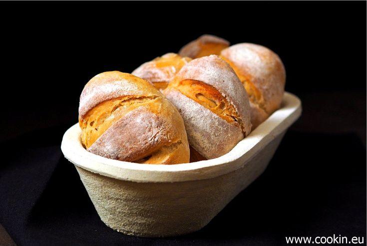 Diese Kartoffelbrötchen werden wunderbar fluffig und bekommen durch einen Schnaps Roggenmehl ein herrliche, dezent herbe Note
