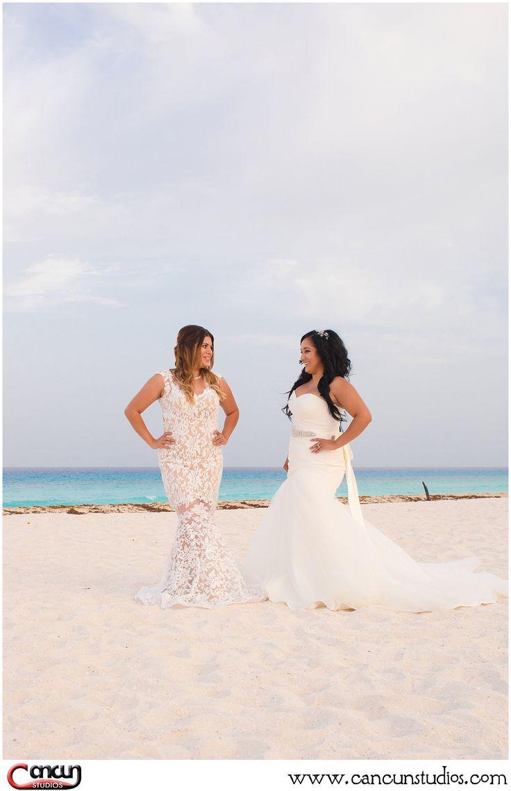 Lesbian Cancun 112