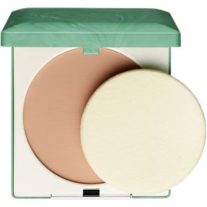 Clinique Stay-Matte Sheer Pressed Powder. Ölfreier, leichter Kompaktpuder. Für ölige Haut. Absorbiert Öl auf der Hautoberfläche. Reduziert Glanz. Für einen natürlichen, frischen Teint.