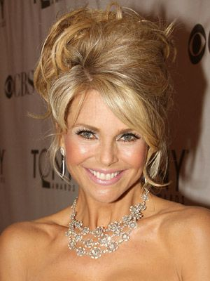 Christie Brinkley Hairstyles - June 12, 2011 - DailyMakeover.com