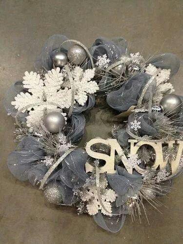 winter wonderland wreath..ski wreath make a snowshoe theme wreath