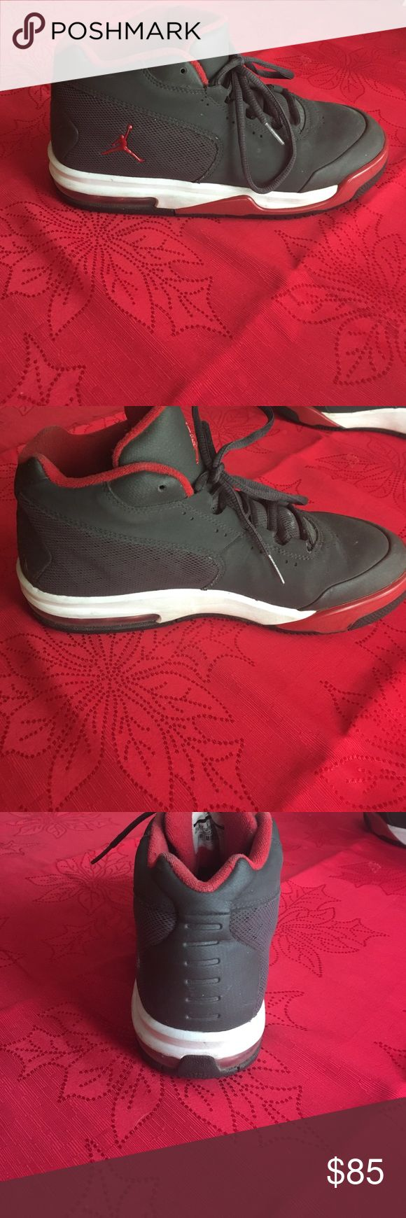 Jordan shoes These Jordan's are size US:  6.5Y,  UK: 6, appropriate for guys  and girls, in good shape/condition, are clean,  and fit well (Price Negotiable) Jordan Shoes Sneakers