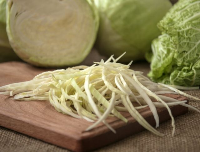 Akár 9 kiló mínusz 1 hét alatt: káposztaleves, avagy a gyors zsírégető diéta | Mindmegette.hu