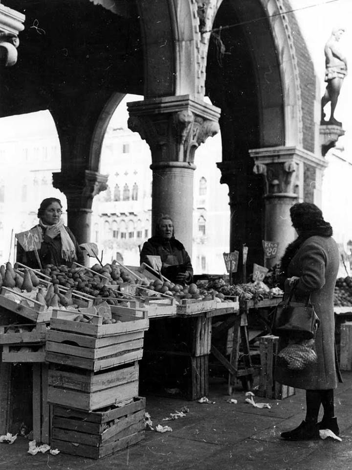 In the '50s, Erbaria, Rialto