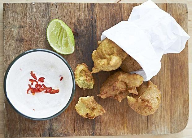Zimno? To dobra pora żeby przygotować coś rozgrzewającego na ostro! Pikantne papryczki sprawdzą się w wielu potrawach - od przekąsek i zup, po dania główne. Wypróbuj nasze przepisy.
