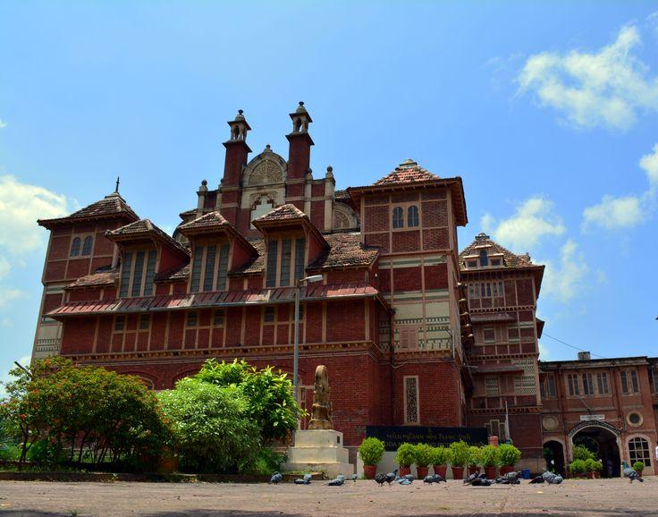 Baroda Museum, Vadodara Taken by Nikon D5200, 18-55mm