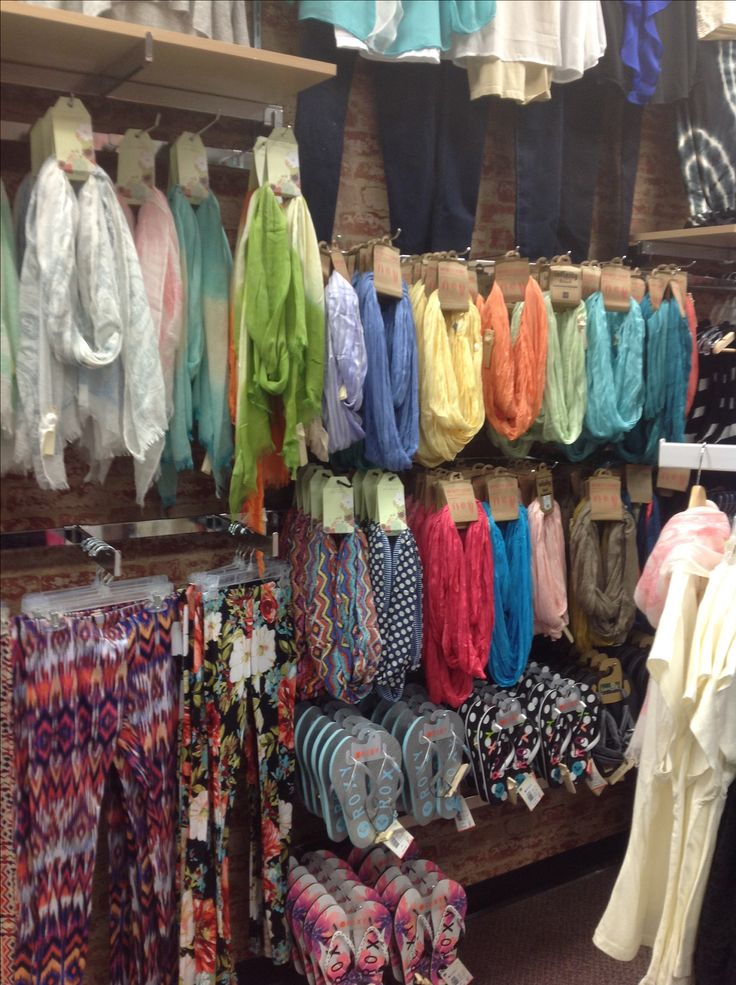 scarves leggings flip flops merchandising inspiration