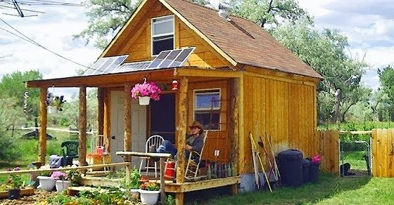 How to build a nice small cabin powered by solar panels. Lamar Alexander built this cute little 400 square foot cabin for approximately $2000, and powers it with a 570 watt solar and wind power system. The whole system is very inexpensive, and the best part is he is mortgage free.