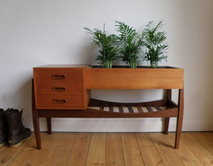 Antikmodern: The Shop: Danish Modern Planter Table