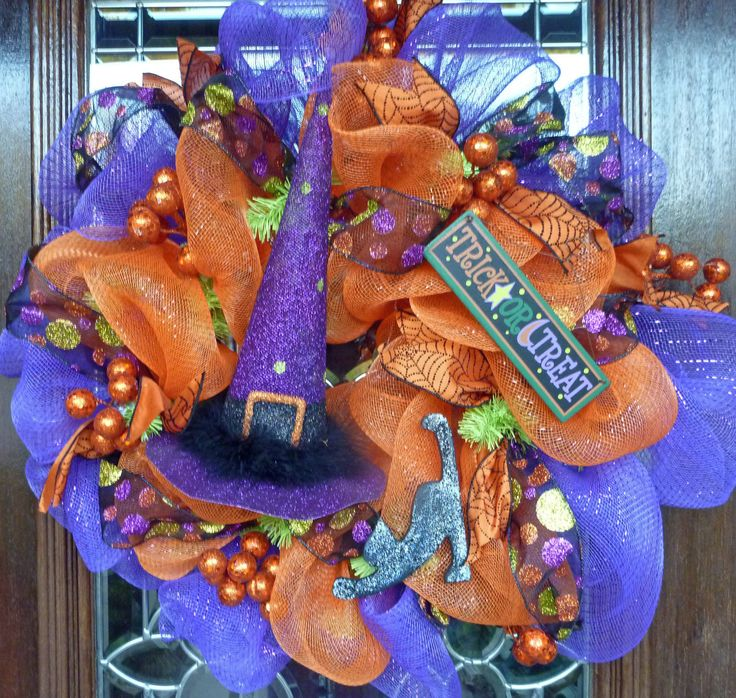 Halloween Witch's Hat Wreath
