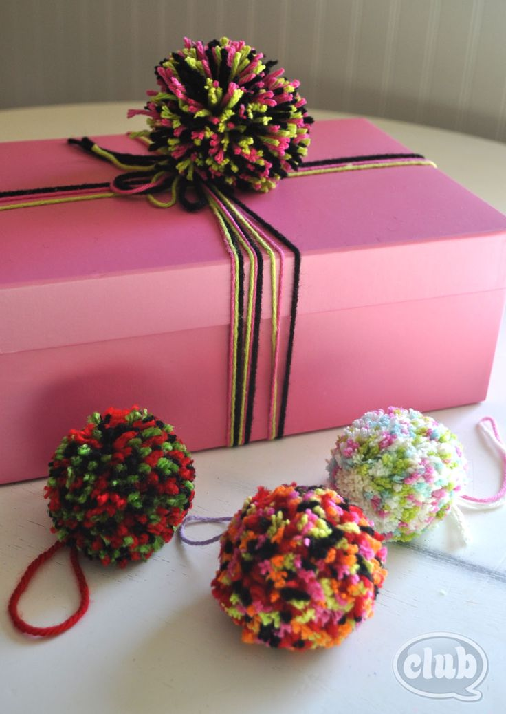 Cute and easy Pom Poms - simple how-to guide