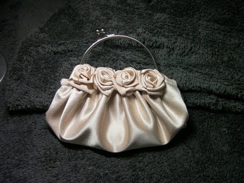 DIY COMO HACER UN BOLSO DE ROSAS EN RASO BEIGE - HOW TO MAKE A ROSE SATIN BEIGE PURSE - YouTube