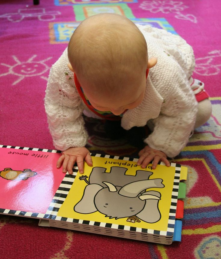 Early speech & language stimulation tricks from a speech-language pathologist and mom of four