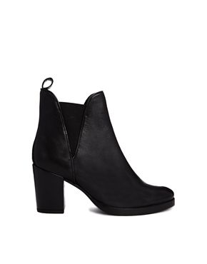 ASOS ROAD RAGE Leather Ankle Boots - These are the most comfortable boots I've ever owned! Yes, and they look good too :) http://asos.do/jsZ1RB