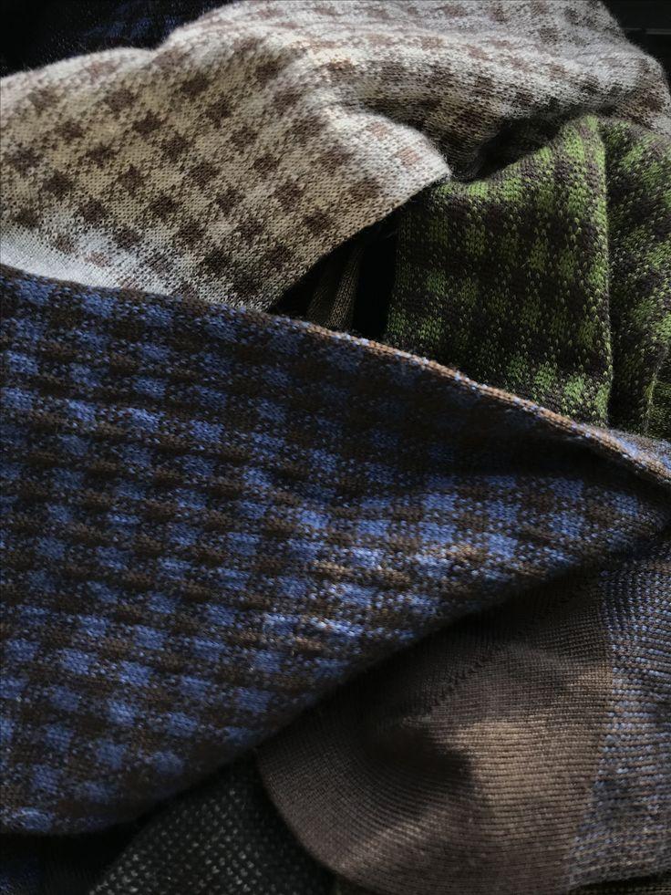 100% Extrafine Super 140's Merino wool