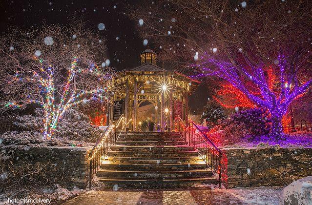 b041ba5d903f43b34feb4bdc5f486673 - Botanical Gardens Boylston Ma Christmas Lights