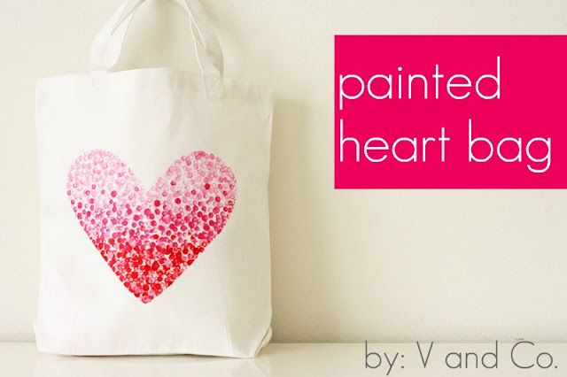 Painted heart bag with fabric paint. Cute.: Freezers Paper, Idea, Valentines, Puffy Paintings, Totes Bags, Paintings Heart, Heart Bags, Welcome Bags, Heartbag