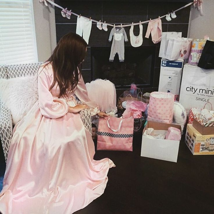 This was after all of the gifts were opened and consolidated but you should've seen the beautiful pink mountain of wrapped gifts! Lots of pink, gold, sparkles and each gift was truly put together with love! Just wait until you see all the cute stuff Ziya got! #WelcomeBabyZiya #repost