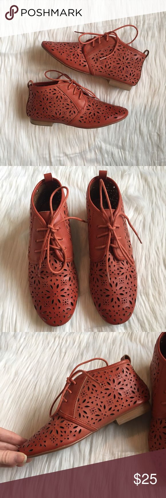 Crown Vintage DSW Coral Laser Cut Oxfords crown vintage coral oxfords. features laser cut material and a 1/2 heel. these cover up more of the foot unlike some oxfords i see. gorgeous color, perfect for spring / summer! one mark on the inner side of one of the shoe. from designer shoe warehouse. size women's 6.5. 10% off bundles of 2 items and 15% off bundles of 3+ items. Crown Vintage Shoes Flats & Loafers
