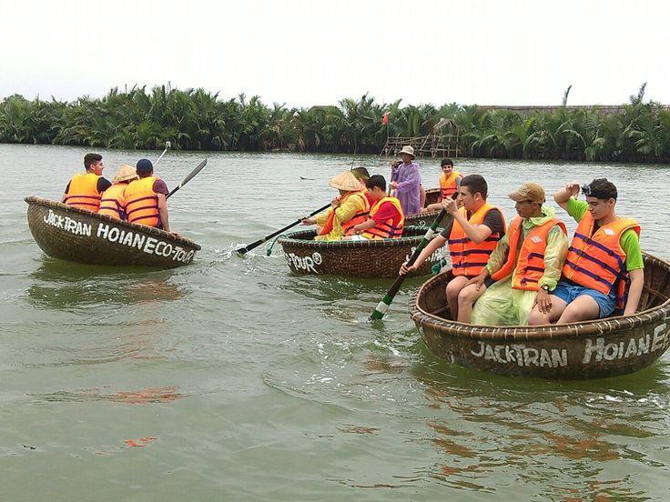 Don't rock the #BasketBoat! #VietnamSchoolTours #EcoTour