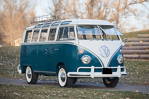 Volkswagen : Bus/Vanagon Transporter 21-Window Bus. I actually would like to have this guy. :)