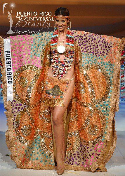Miss Puerto Rico Universe 2004, Alba Reyes. Traje típico alusivo a la India…