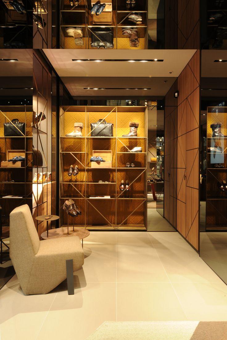 Via Nassa, 32 - Lugano #Santoni #SantoniShoes #Lugano #Luxury #boutique
